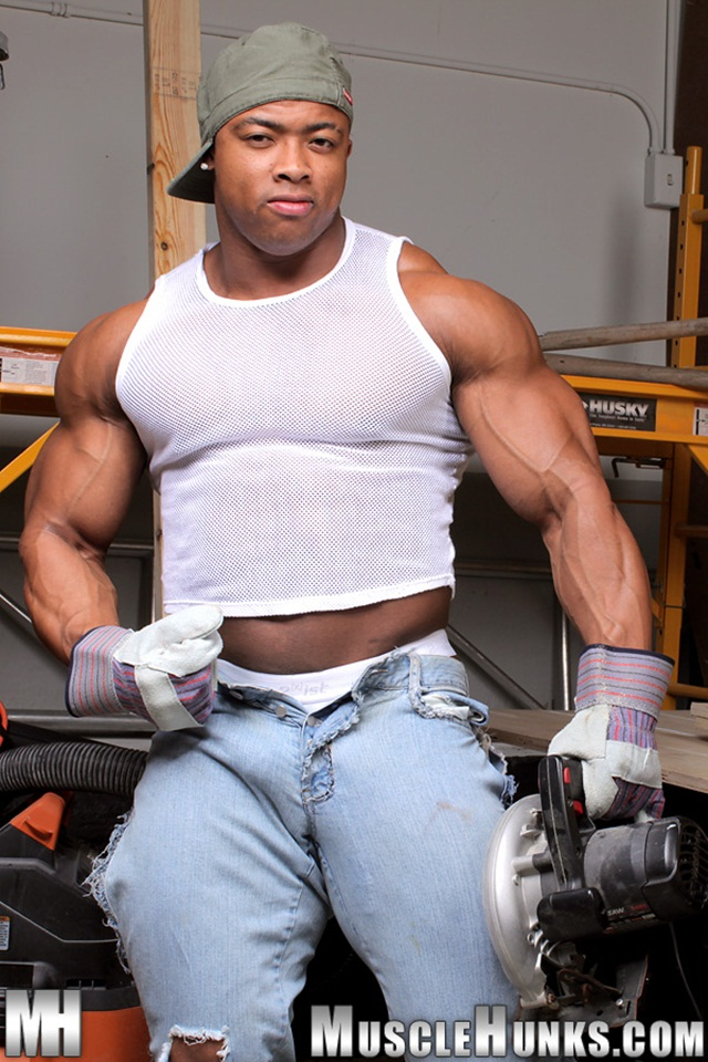 Muscle Hunks - Ron Hamilton Gallery