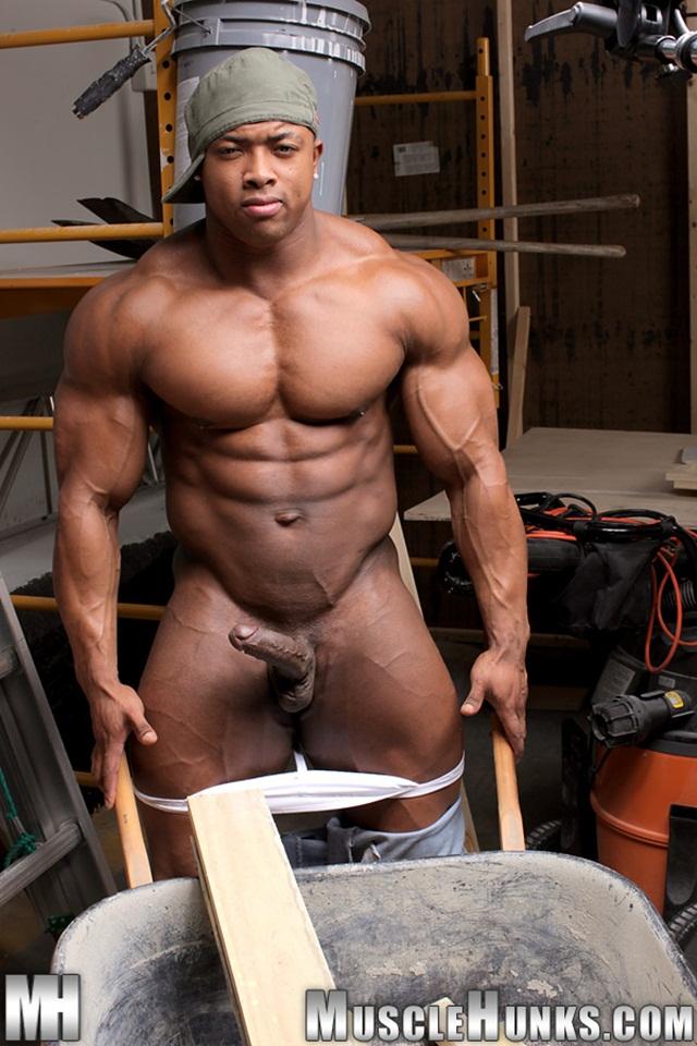 Nude male muscle men