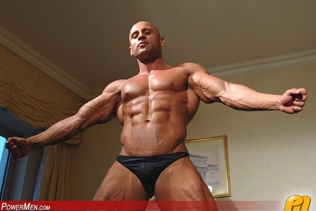 Yakov Mukileck at Powermen