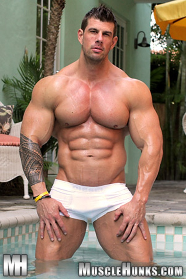 Zeb Atlas at Muscle Hunks