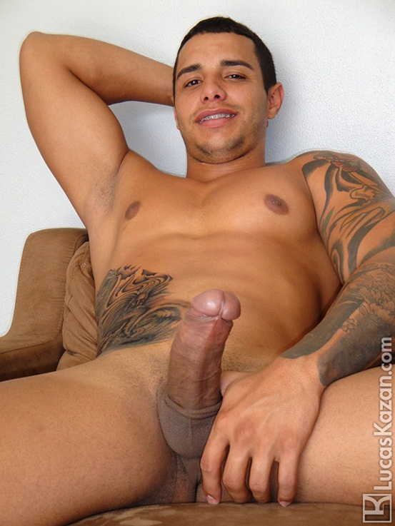 24 year old Coyote with a body a dick and a mind built for sex at Lucas Kazan