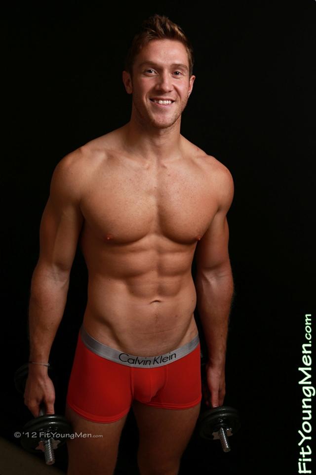 Naked sportmen - all straight nude guys