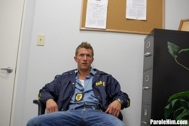 Rafeal Mendoza takes a 9 inch Parole Officer's cock - did he finally submit?