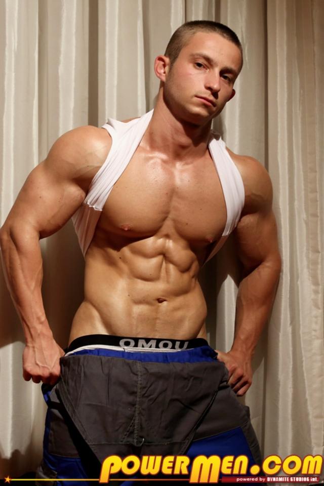 Gay Bodybuilder Oral lewd Young bodybuilder Pavel strips Powermen says ...