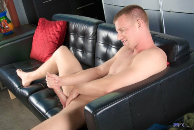 Blake-Daniels-Men-Over-30-Anal-Big-Dick-Gay-Porn-HD-Movies-Mature-Muscular-older-gay-young-gays-twink-04-gallery-video-photo