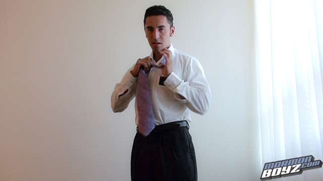MormonBoyz-Mormon-Boyz-young-boy-mormon-missionary-Elder-Revolorio-jack-off-solo-masturbation-003-male-tube-red-tube-gallery-photo