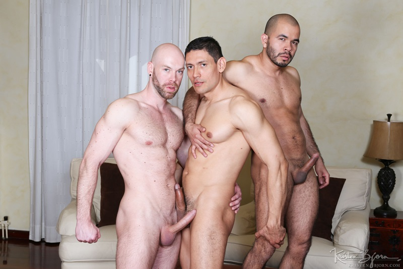KristenBjorn-gay-bareback-fucking-John-Rodriguez-Peter-Coxx-Rick-De-Silver-Muscle-Latinos-Anal-Sex-Oral-Sex-Kissing-Rimming-raw-bare-dick-008-gay-porn-sex-porno-video-pics-gallery-photo