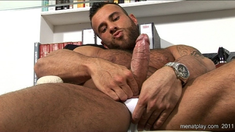 Men at Play – One to One with Gianluigi