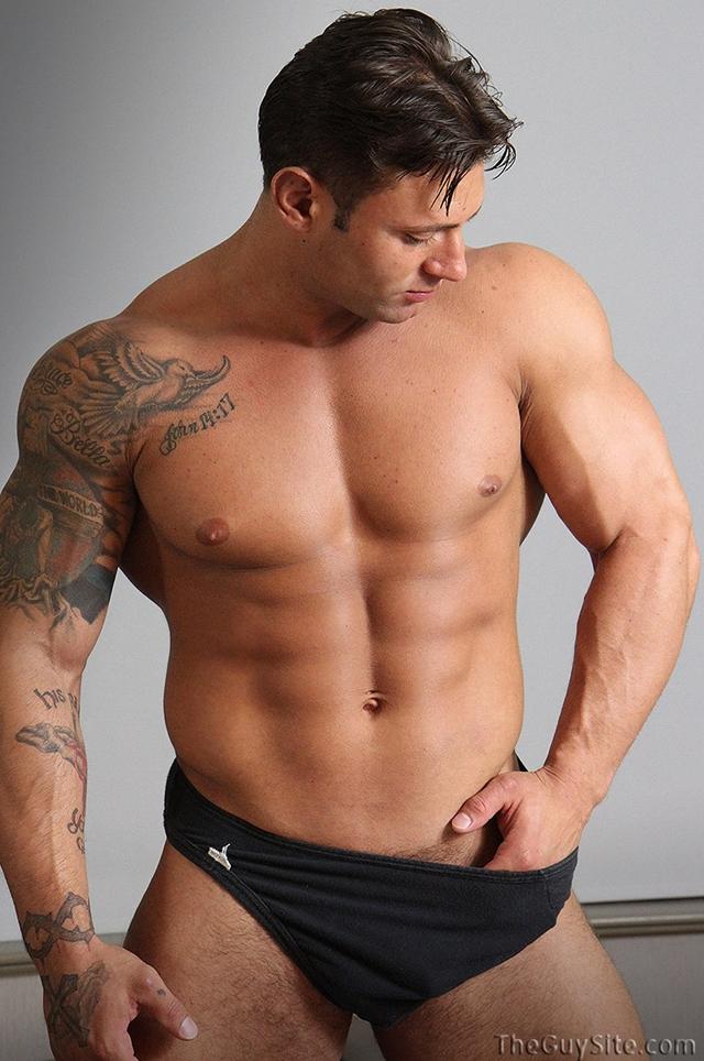 Rock hard ripped body Mike Buffalari beats his meat