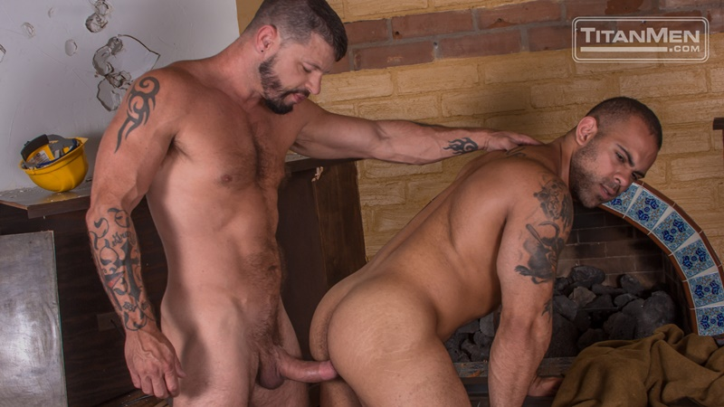 Demolition: Lorenzo Flexx fucked by Tex Davidson's huge muscle cock