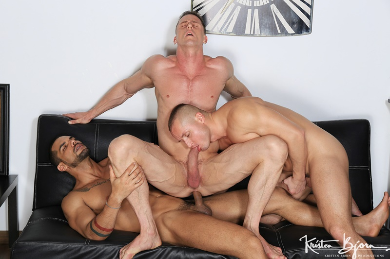 Hot big muscle hunks Ivan Gregory, Denis Sokolov and Lucas Fox hardcore ass fucking orgy