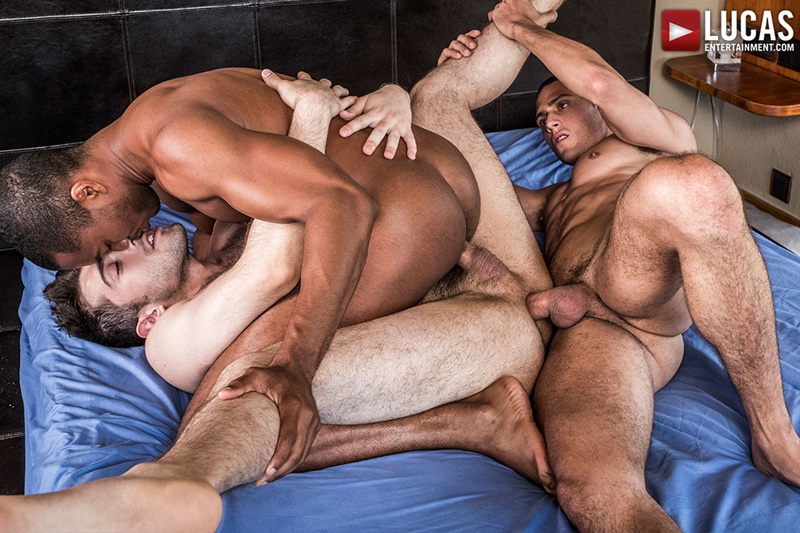 Sean Xavier and Javi Velaro double fucking Ben Batemen's tight muscle asshole