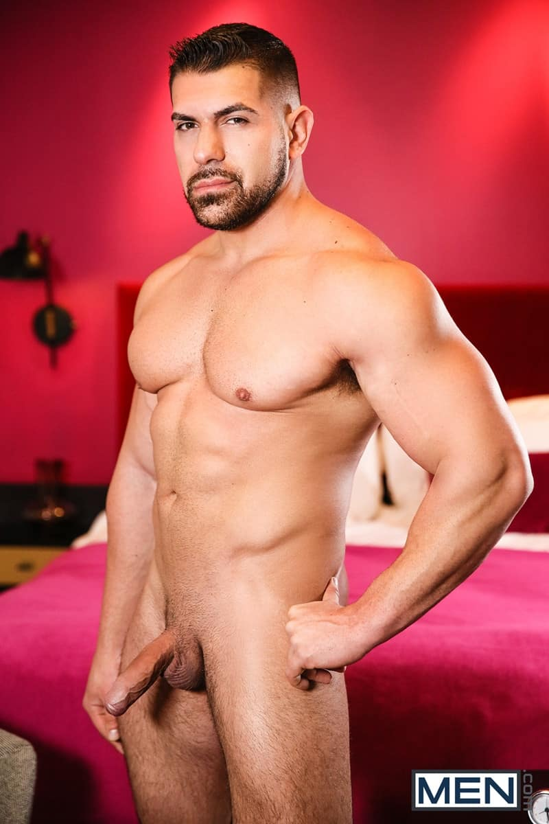 Men for Men Blog Gay-Porn-Pics-005-Damien-Stone-Ty-Mitchell-Hot-muscle-stud-fucks-smooth-hottie-big-thick-large-cock-Men Hot muscle stud Damien Stone fucks smooth hottie Ty Mitchell with his big juicy cock Men