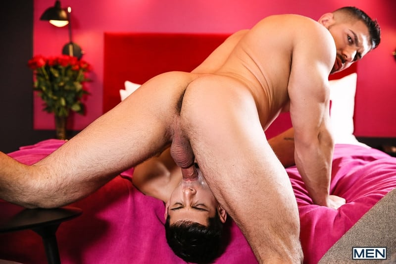 Men for Men Blog Gay-Porn-Pics-010-Damien-Stone-Ty-Mitchell-Hot-muscle-stud-fucks-smooth-hottie-big-thick-large-cock-Men Hot muscle stud Damien Stone fucks smooth hottie Ty Mitchell with his big juicy cock Men